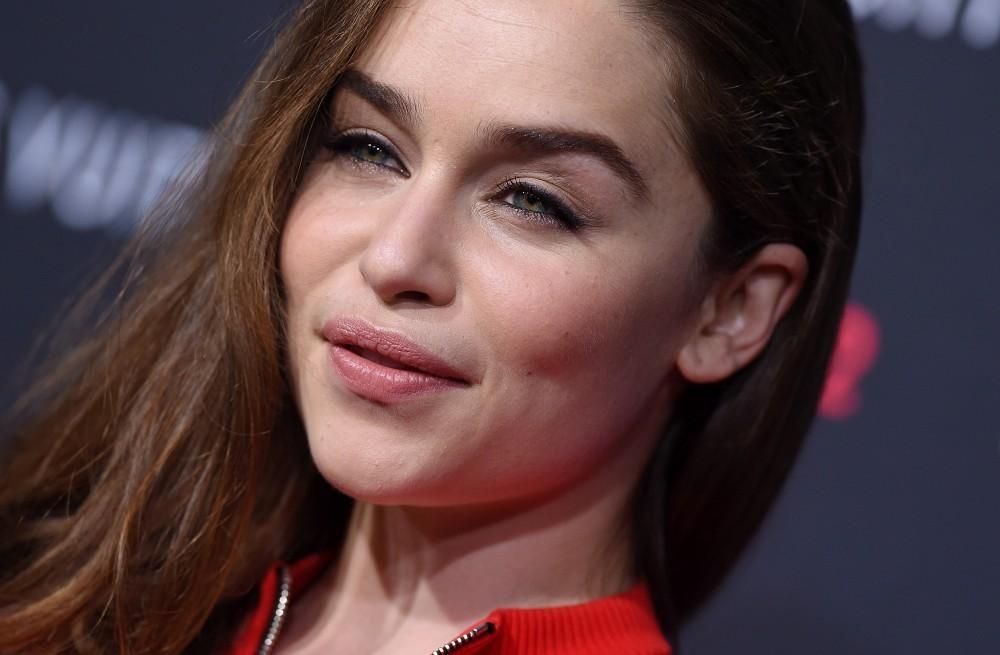Emilia-Clarke-è-stata-eletta-la-donna-più-sexy-al-mondo