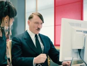 Lui-è-tornato-il-film-che-racconta-il-ritorno-di-Adolf-Hitler