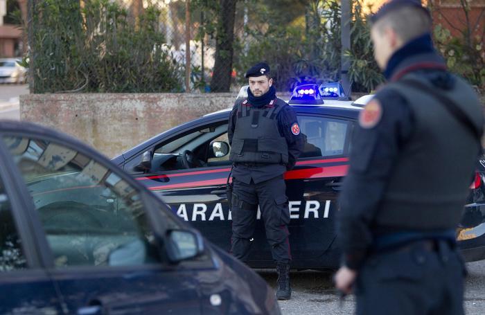 Napoli, anziana donna trovata morta in casa era stata imbavagliata e legata