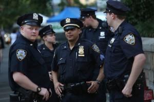 New-York-sparatoria-fuori-da-un-night-muore-donna-di-24-anni-ferite-due-persone