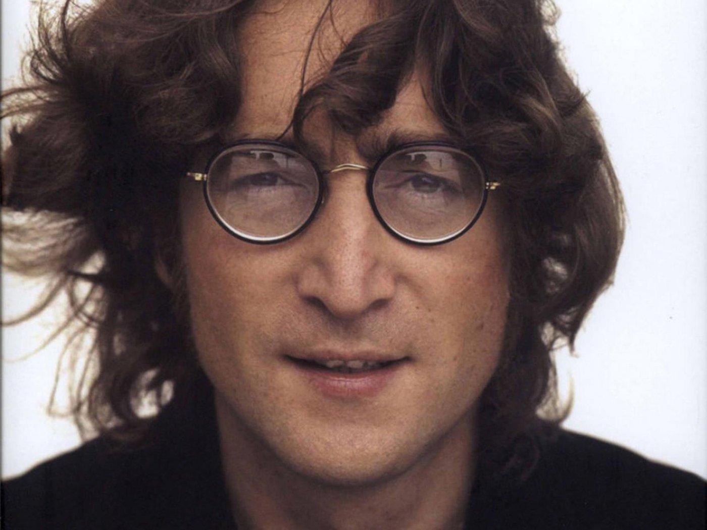 Yoko-Ono-rivelazione-choc-John-Lennon-era-bisessuale