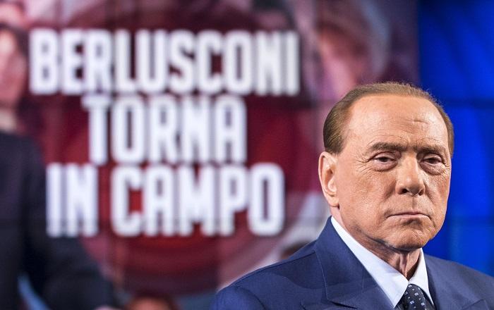 Berlusconi contro Renzi bonus di 500 a chi compie 18 anni è una mancia disgustosa