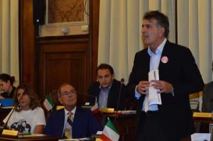 Bari-Giuseppe-Carrieri-contro-Decaro-troppo-alte-aliquote-Tasi-Imu-e-Tari