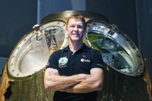 Astronauta-telefona-dalla-Iss-alla-Terra-ma-sbaglia-il-numero-telefonico