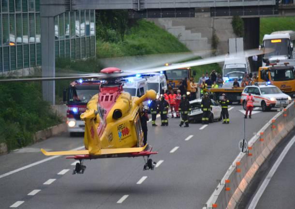 A1, autobus si ribalta ad Anagni sono 18 i feriti, 3 in gravi condizioni
