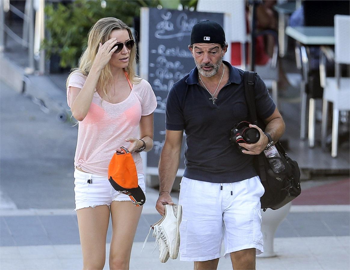 Antonio-Banderas-divorzio-ufficiale-con-la-ex-moglie-Griffith-molto-costoso