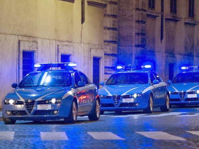 Bari, statale 16 aggrediti tifosi del Foggia, ferito un supporter rossonero