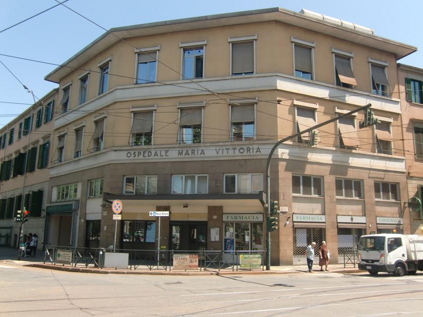 Torino, choc medico si suicida nel cortile del Maria Vittoria