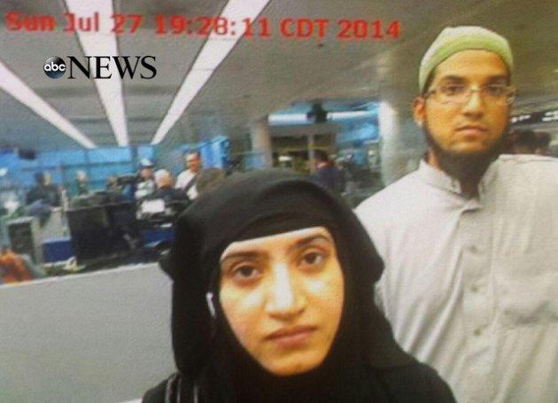 Usa-la-foto-dei-killer- della-strage-di-San-Bernardino-al-ritorno-dall'-Arabia