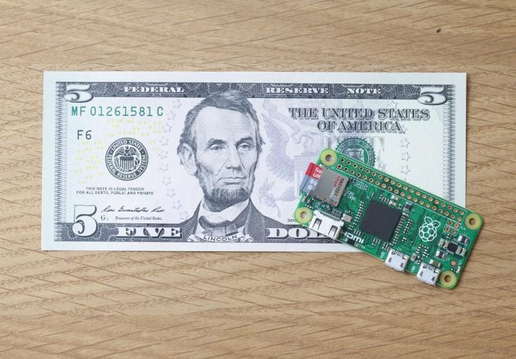 PI-ZERO-il-computer-che-ha-un-prezzo-di-5-dollari