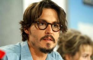 Johnny-Depp-racconta-piangendo-della-malattia-della-sua-bambina