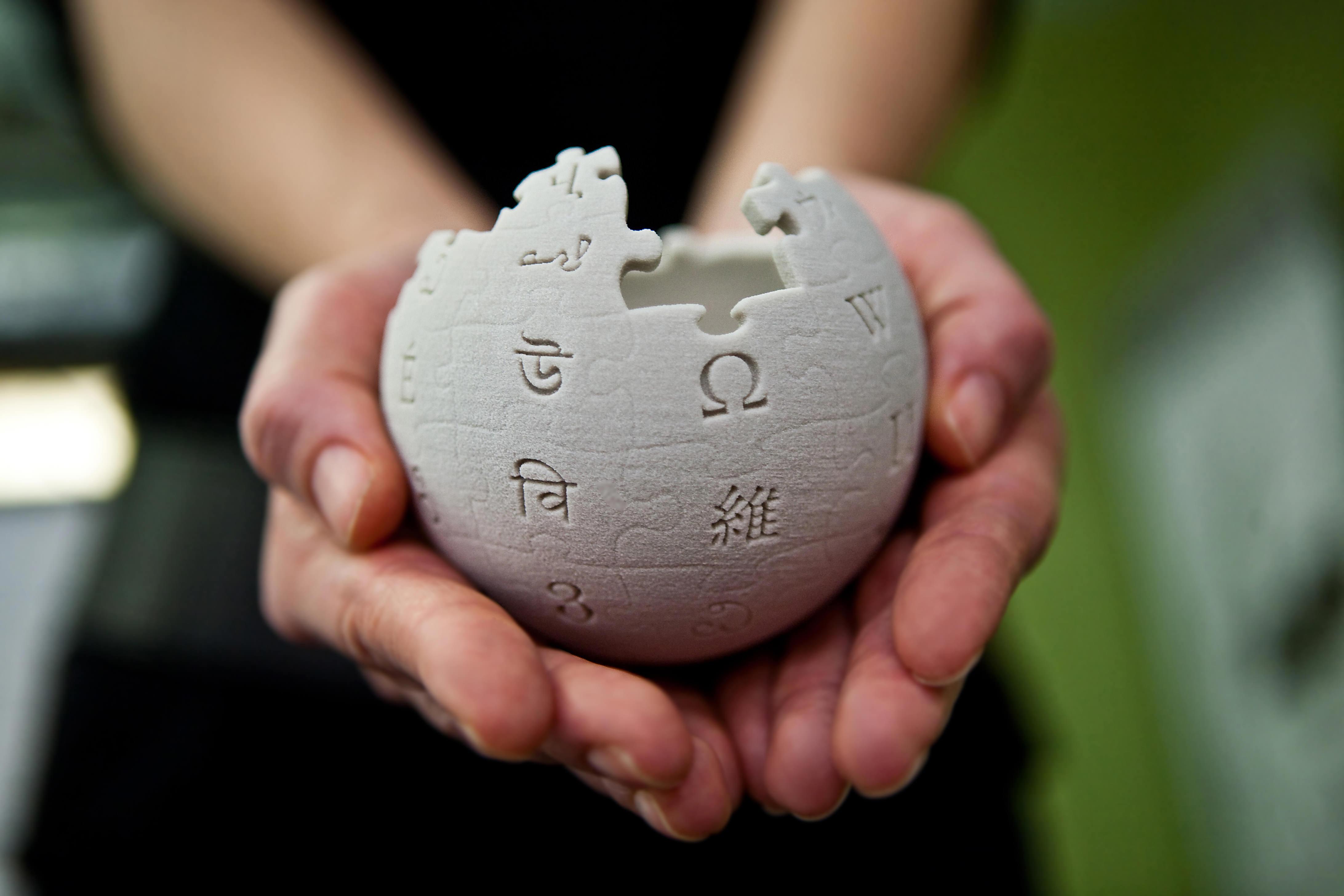 Wikipedia-Ores-ha-il-controllo-della-qualità-dei-contenuti