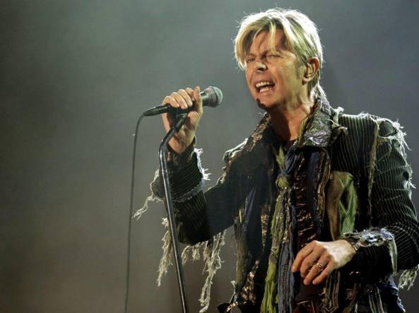 David-Bowie-testamento-da-100-milioni-di-dollari-per-la-moglie-e-i-due-figli