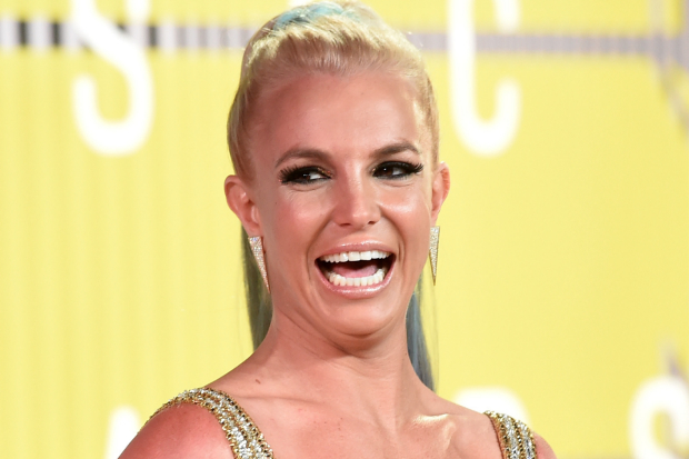 Britney-Spears-super-sexy-sulla-copertina-della-rivista-V-magazine