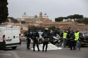 Roma-motociclista-travolto-e-ucciso-al-Circo-Massimo-è-caccia-al-pirata