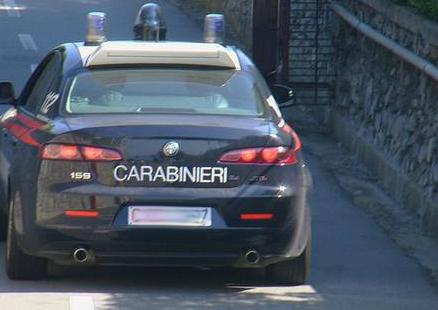 Agguato in Puglia, killer armati di kalashnikov sparano all'impazzata, gravissimo 41enne