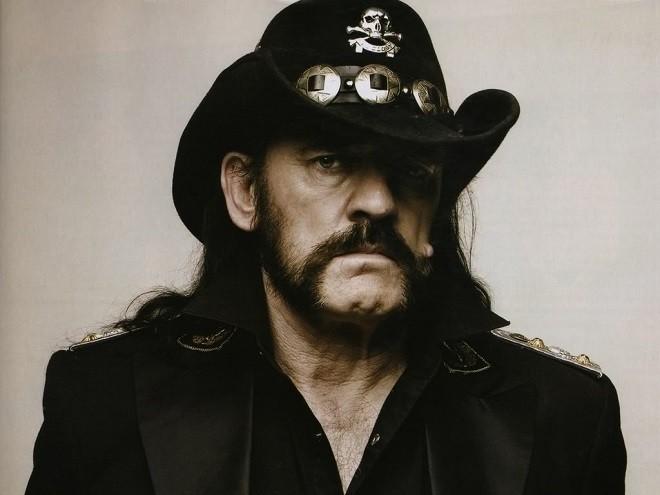 Motorhead, Lemmy Kilmister choc la causa della sua morte un cancro aggressivo