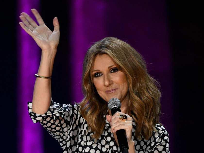 Celine Dion torna sul palco e si emoziona ricordando suo marito