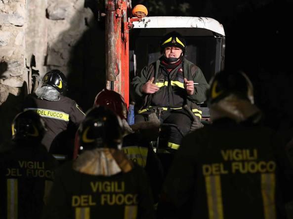 Maccarese-incendio-condotta-Eni-vicino-all-aeroporto-di-Fiumicino-chiusa-A12
