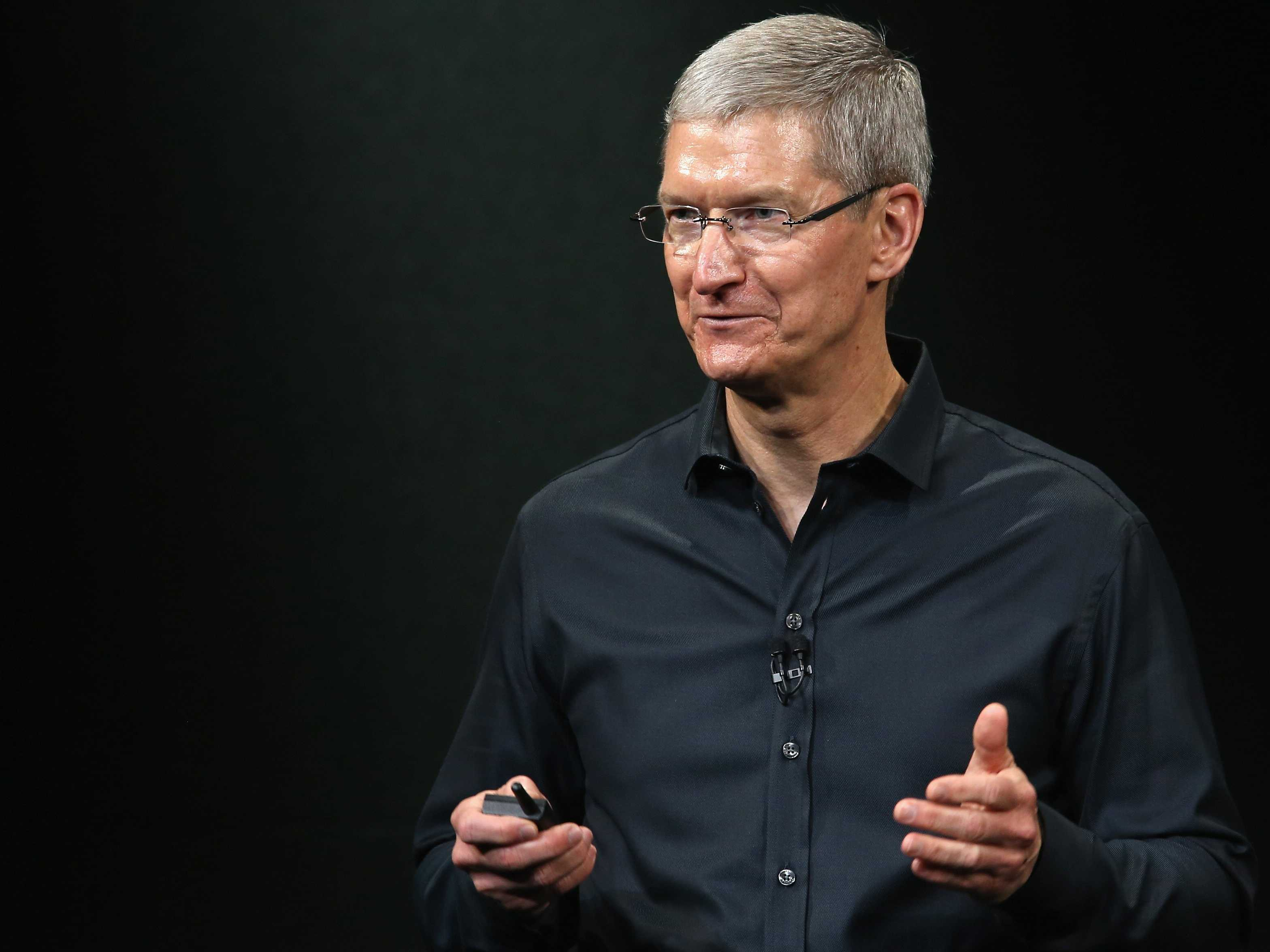 Tim Cook Apple non produrrà iPhone economico, delusi tanti fan