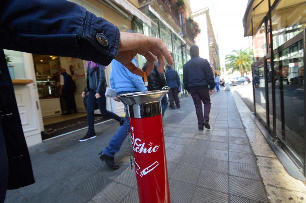 Bari, multate 18 persone per aver gettato mozziconi a terra, presto sanzioni anche ai gestori dei locali