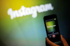 Instagram-choc-sono-milioni-i-video-a-luci-rosse-nascosti-sui-social