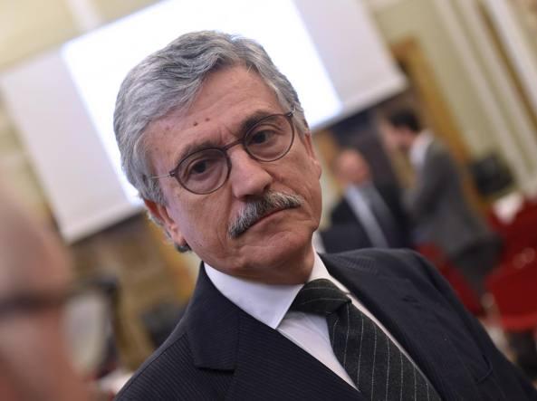 Salvini-duro-con-D-Alema-l-8-per-mille-per-costruire-le-mosche-ma-è-matto
