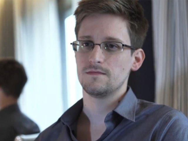San Bernardino, Snowden l'Fbi può sbloccare l'iPhone quando vuole