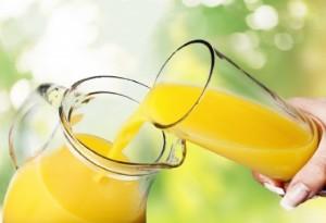 Succhi-di-frutta-la-quantità-di-zuccheri-è-troppo-alta-a-rischio-salute-dei-bambini