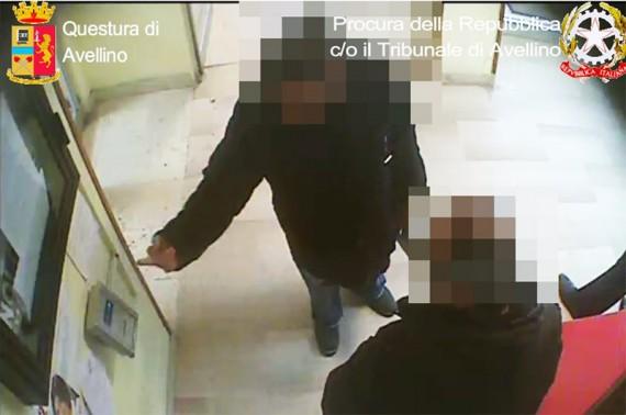 Furbetti-del-cartellino-all-Asl-di-Avellino-scoperti- 21-lavoratori