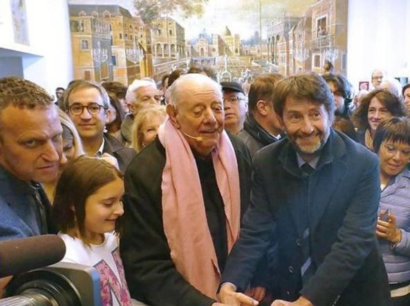 Dario Fo ha 90 anni, alla festa si commuove ricordando il miracolo di Franca Rame