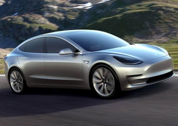 Tesla-Model-3-è-boom-di-prenotazioni-in-pochi-giorni-276.000-ordini
