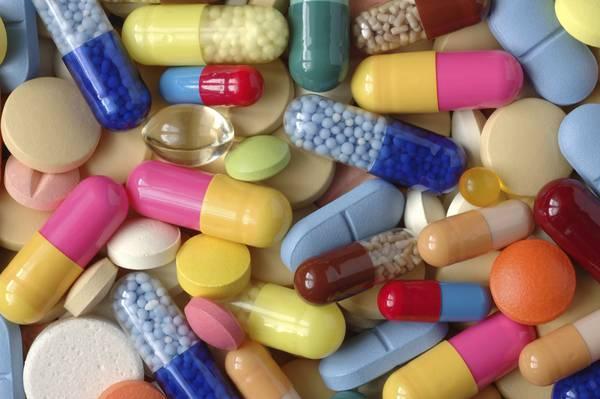 Farma-Party-la-roulette-russa-di-farmaci-che-è-di-moda-tra-gli-adolescenti