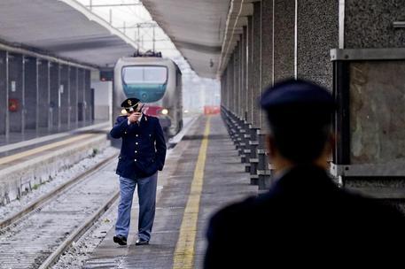 Bari 19enne travolto è ucciso da un treno forse si è sucidato