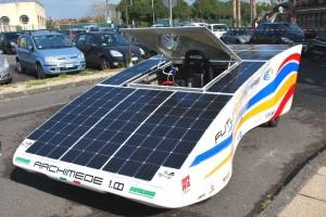 Archimede-l-auto-ad-energia-solare-ideata-in-Sicilia-a-costo-e-impatto-zero