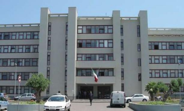 Bari, maxi blitz in corso arrestate decine di persone autori di diversi furti