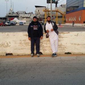 Bari fermati due presunti terroristi dell'Isis stavano preparando attentati in Italia, avevano video dell'aeroporto di Palese