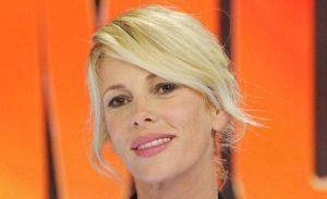 Alessia Marcuzzi delusa, la prossima Isola dei Famosi sarà condotta da Simona Ventura