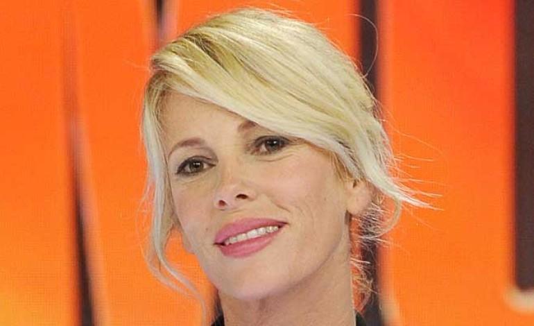 Alessia Marcuzzi in bilico: brutte notizie per La Pinella