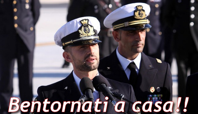 Bari saluta il suo eroe, Salvatore Girone dopo 4 anni è  a casa!