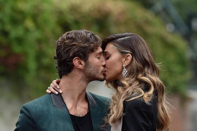 Stefano De Martino – Belen Rodriguez di nuovo insieme, la showgirl argentina ci sta pensando