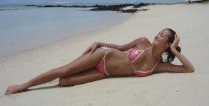 Giorgia Palmas prova costume superata su Instagram mostra il suo fisico mozzafiato