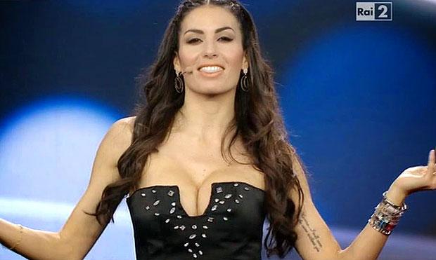 La bellissima Elisabetta Gregoraci sarà la conduttrice con Carlo Conti del prossimo Festival di Sanremo