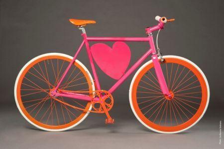 Modugno gesto bellissimo, raccolti fondi per acquistare una bici ad un bimbo disabile al quale era stata rubata