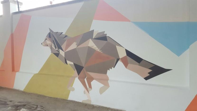 Bari, splendidi murales sul muro di Corso Italia realizzati con una vernice ecologica anti smog