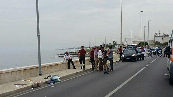 Bari. Viaggiavano sul lungomare, sbalzata dalla moto 19enne muore al Policlinico