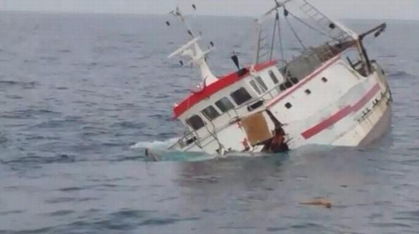 Affonda un peschereccio di Mola di Bari a largo di Leuca