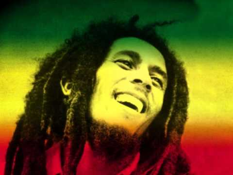 Bari, polizia ferma un ragazzo in possesso di droga seguace di Bob Marley che fuma per meditazione, dopo 48 ore è già in libertà