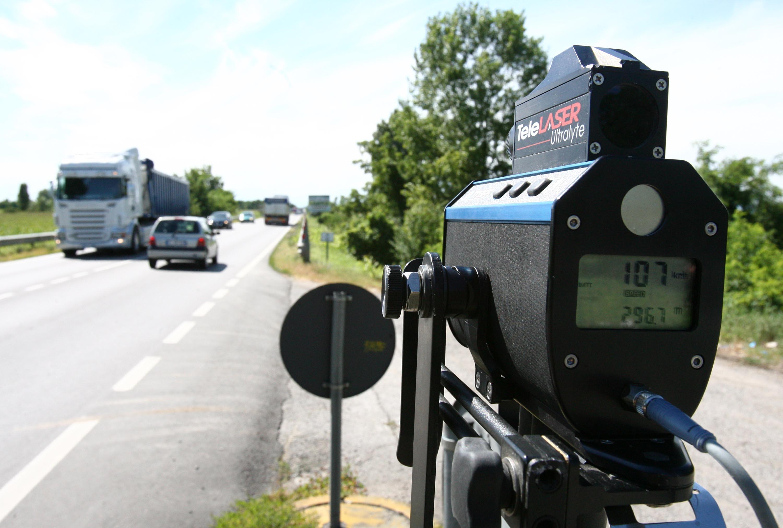Sicurezza stradale, Bari statale 16 a Torre a Mare, autovelox in funzione 24 ore su 24, su autostrada A 14 in funzione due Tudor