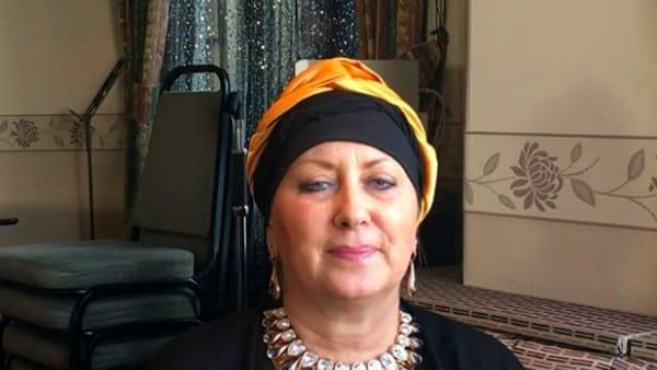 Carolyn Smith stop alle vacanze, devo rientrare in Italia per la chemioterapia, tanti gli auguri dei fan
